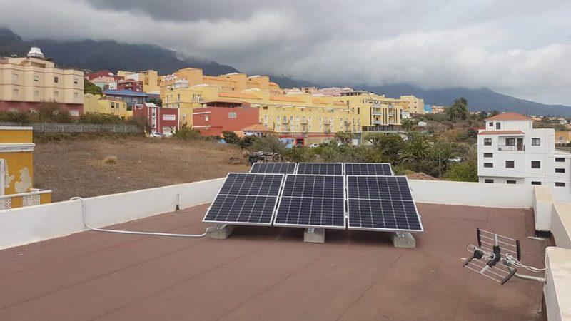 Inversor Solaredge 2kw y paneles Longi 360